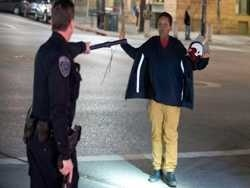 жителі сол-лейк-сіті закидали камінням поліцейських