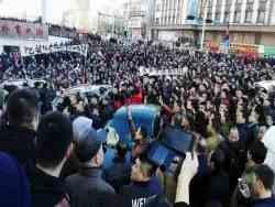 у китаї зростає хвиля страйків та протестів
