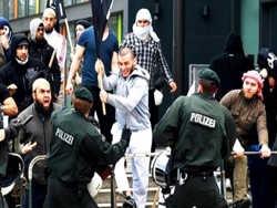 європейці бояться терактів через наплив біженців