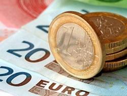центральні банки «екстрено скидають» євро