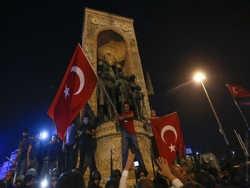 чому вибухнув заколот в туреччині