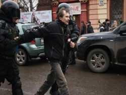 чому україна не бере російських лібералів?