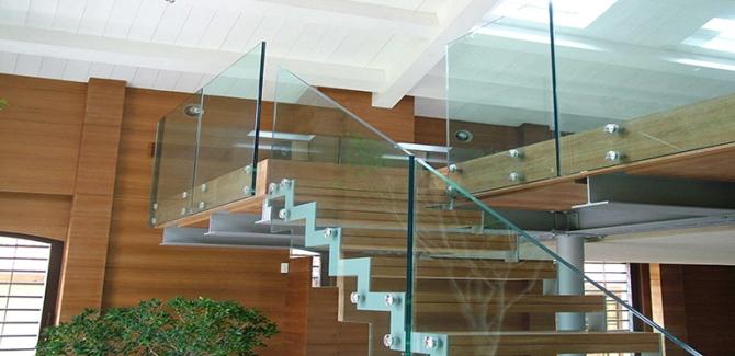 Скляні огорожі від компанії ТОВ «КВАДРАТ»